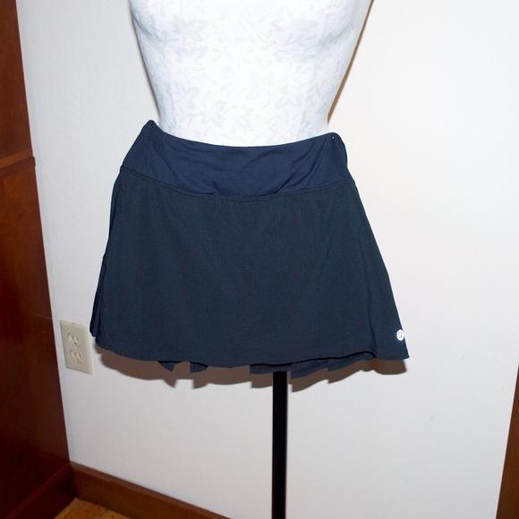 lululemon athletica Dresses & Skirts - Lululemon Black Tennis Skirt 4
